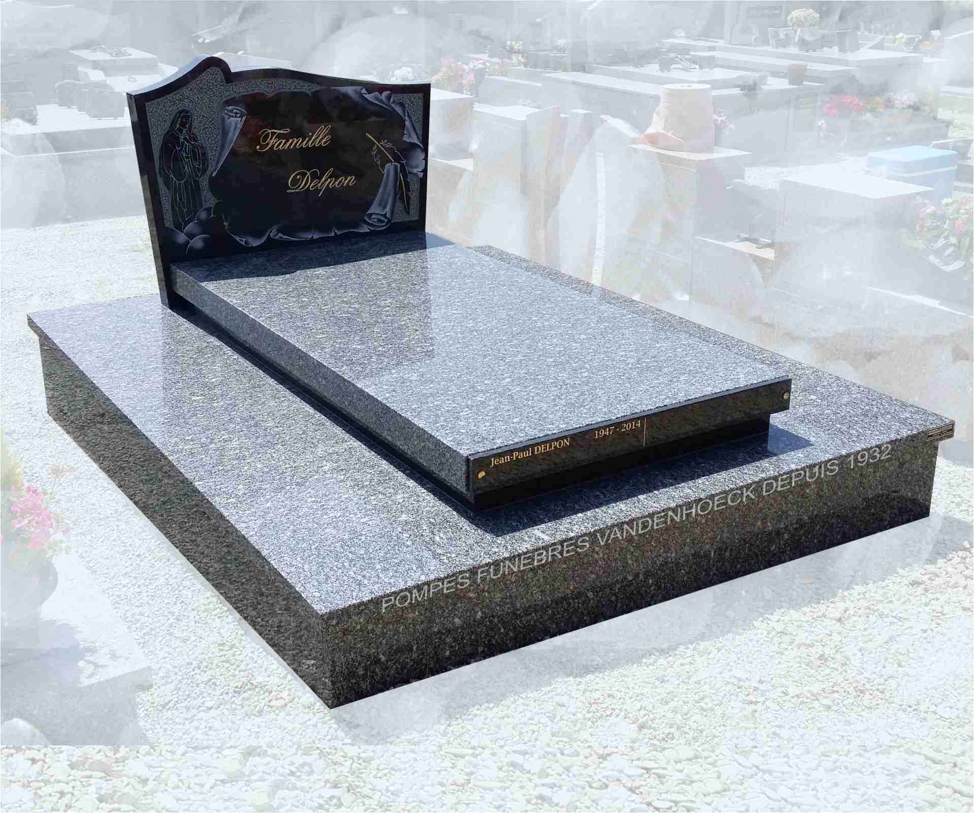 pierre tombale en granit du tarn foncé et noir Afrique saint jean de fos