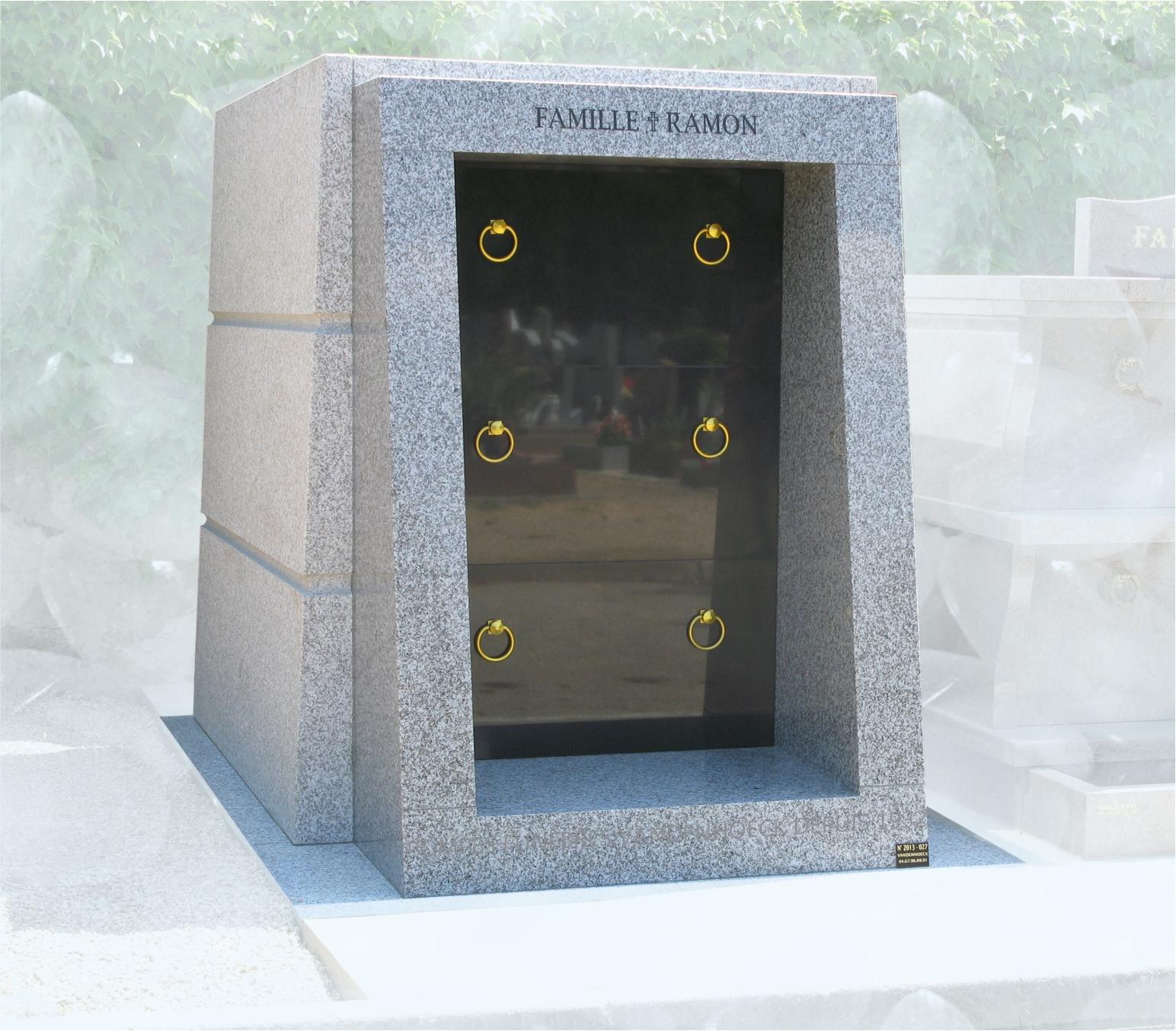 Chapelle granit Tarne foncé flamme cimetière de Nimes