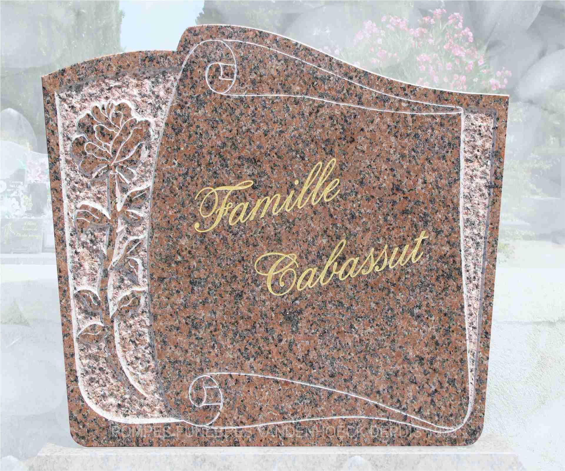 stèle granit rose clarté parchemin gravé main mudaison